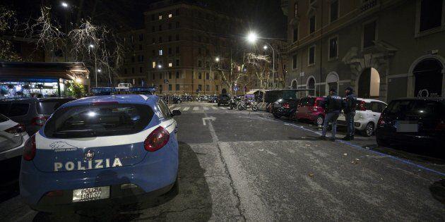 Roma, morta diciassettenne precipitata dal sesto piano. La Procura indaga per istigazione al