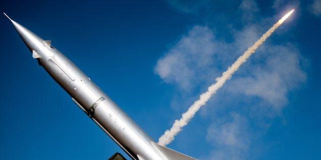 Russia consegna gli S-300 ad Assad. Per Israele è allarme