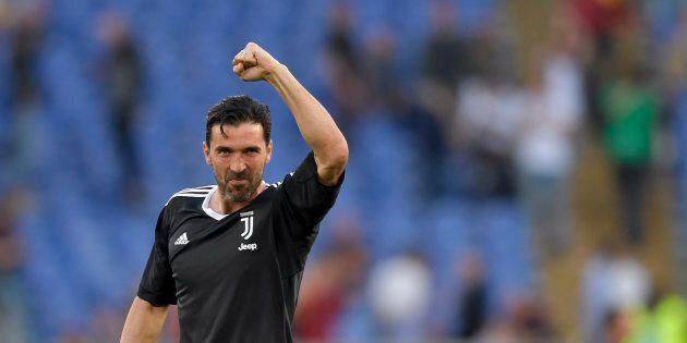 Gigi Buffon e la tentazione di continuare a stare in