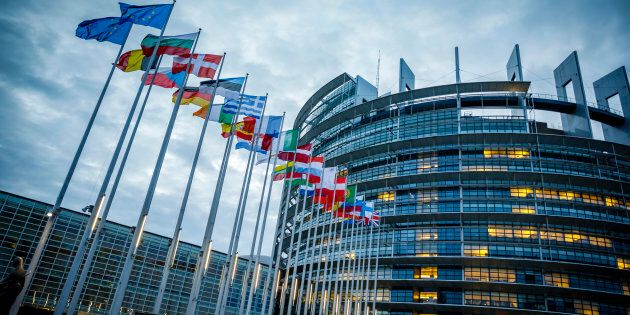 L'Ue non ci aspetta. Risultati delle Europee da tutti i Paesi a urne aperte in