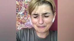 Micaela Quintavalle scoppia in lacrime: