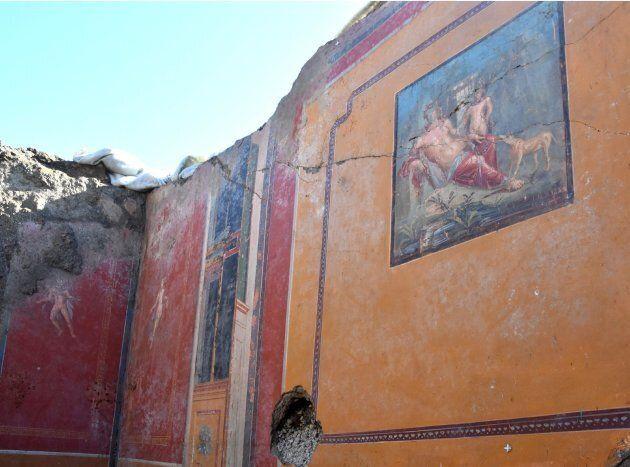 A Pompei affiora Narciso. Il ritrovamento nella stessa dimora dove è stato trovato l'affresco con Leda...