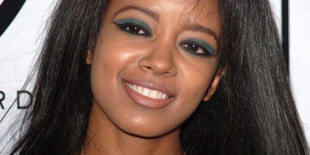 Ex modella di Playboy si getta dal 25esimo piano con il figlio di 7