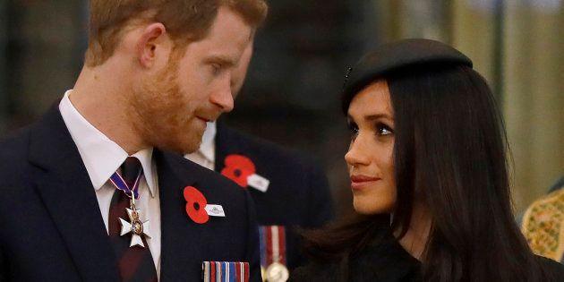 Meghan e Harry in lacrime durante le prove delle nozze, per l'assenza del padre della