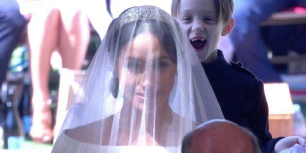 George imbronciato alle nozze dello zio è sempre più il beniamino dei