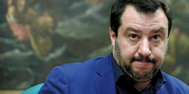 Matteo Salvini è solo: forte, fortissimo ma