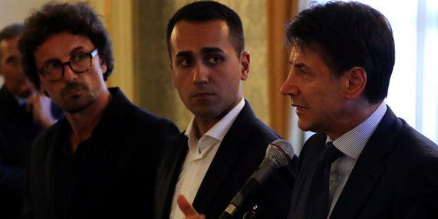 Decisione attesa a giorni dei pm di Catania su avvisi di garanzia a Conte, Di Maio e