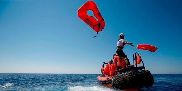 Salvare vite in mare non è un reato ma un