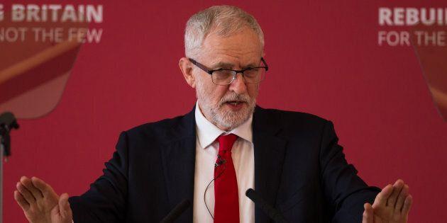 Brexit, scissione anti-Corbyn nel Labour. Lasciano 7 deputati