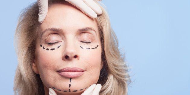 Chirurgia estetica e depressione, attenzione alle