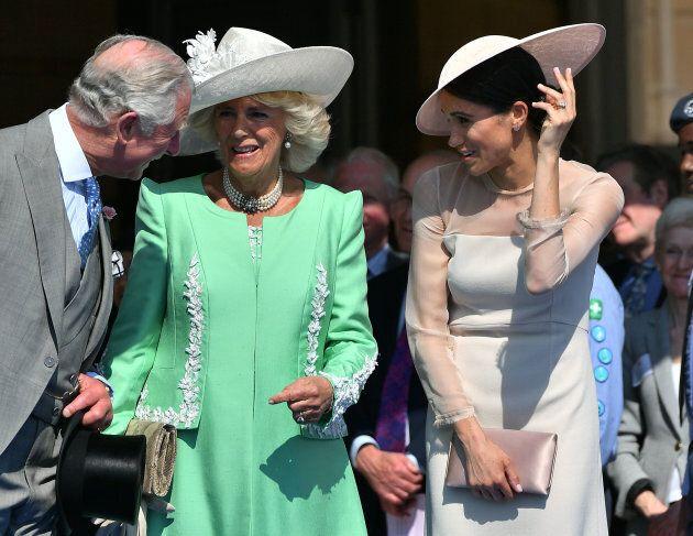 La prima uscita ufficiale di Harry e Meghan da marito e moglie è una conferma delle
