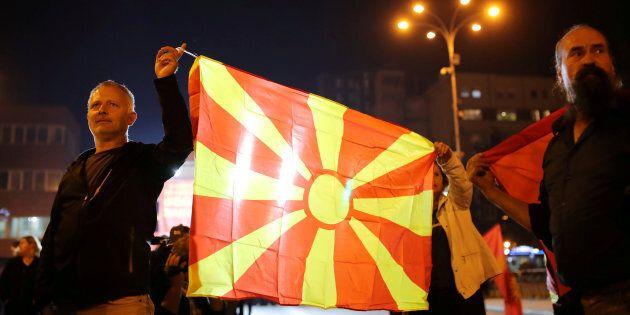 La Macedonia si allontana dall'Ue e dalla Nato: fallito il referendum sul cambio del