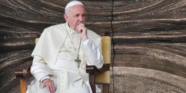 Omosessualità, eterosessualità e sacerdozio: anche Francesco ha