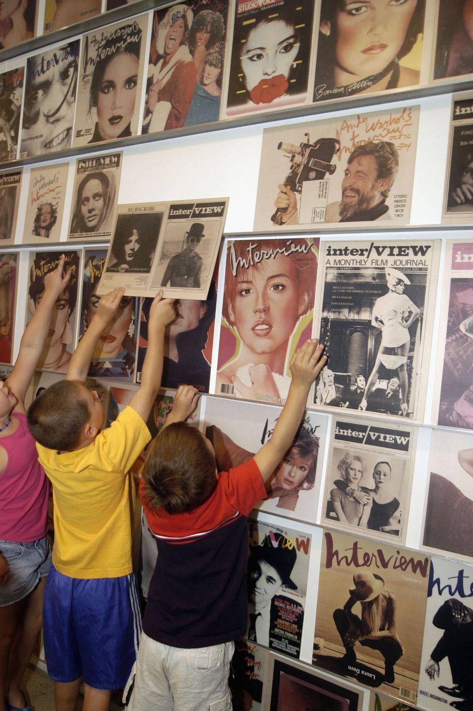 Interview, lo storico magazine fondato da Andy Warhol chiude dopo 50