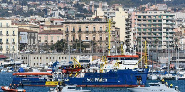 A Catania tra tribunale e mare, meno di due km di