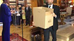Tempo di saluti e scatoloni, i ministri escono di