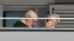 Tiziano Renzi e Laura Bovoli in tribunale per l'interrogatorio davanti al