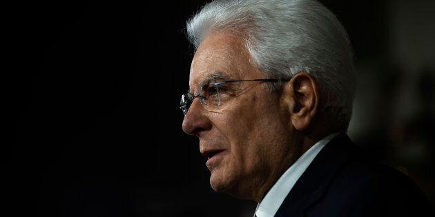 L'ora più buia di Mattarella: la scelta obbligata di difendere l'interesse nazionale dopo il no dei partiti...