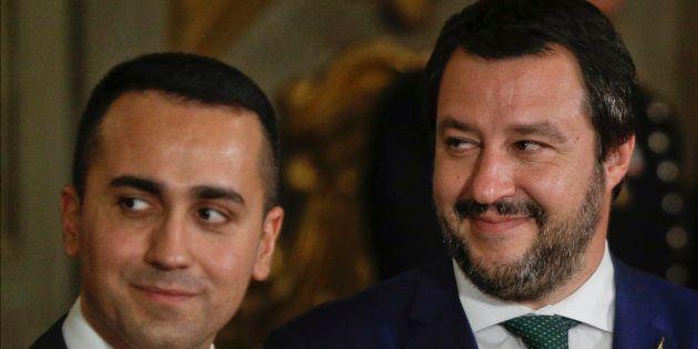 """Fine dell'epoca dei """"likeleaders"""", ma Salvini resiste. Per"""