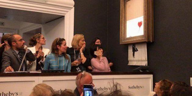Si aggiudica l'opera di Banksy per un milione di sterline, ma subito dopo il quadro si autodistrugge...
