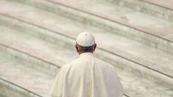 Papa Francesco rompe il silenzio sul dossier Viganò: