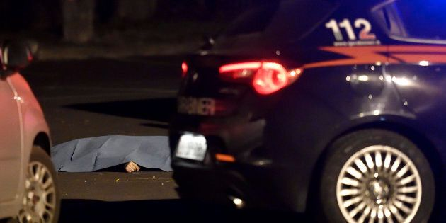 Omicidio Rozzano, la vittima potrebbe essere caduta in una