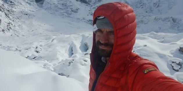 Tensioni tra India e Pakistan: bloccate le ricerche dell'alpinista disperso Daniele