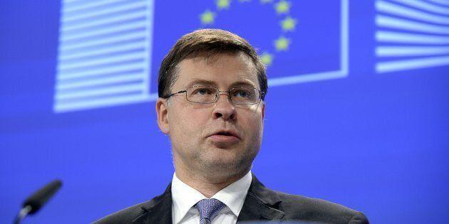In Lettonia vincono filorussi ed euroscettici. Crolla il partito del vicepresidente della Commissione...