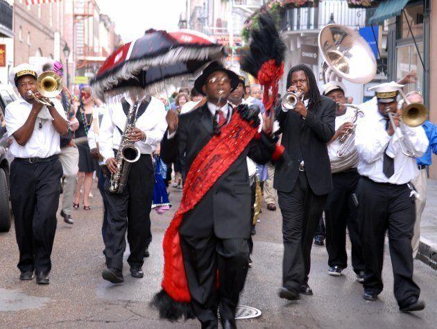 Carnevale in Louisiana nelle travolgenti tradizioni di New Orleans fra note jazz, mixology e cucina