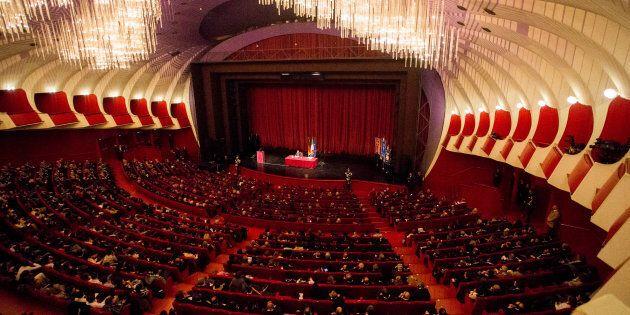 Teatro Regio di Torino in crisi, rischia di saltare la prima. La Cgil:
