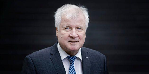 Il ministro tedesco Seehofer: