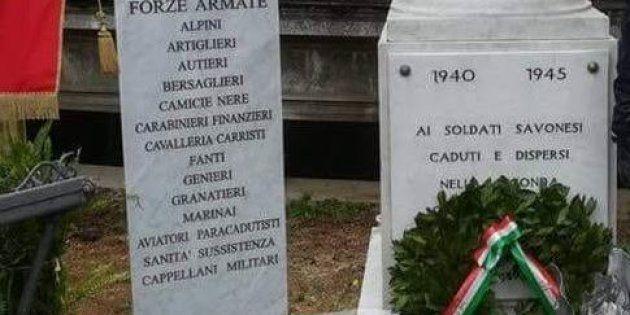 Spezzata la lapide che ricordava tra i caduti di guerra anche le camicie nere a