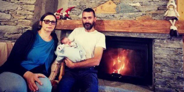 Rebecca, prima nata dopo 62 anni a Caldane, paese a quota 1200 metri in provincia di