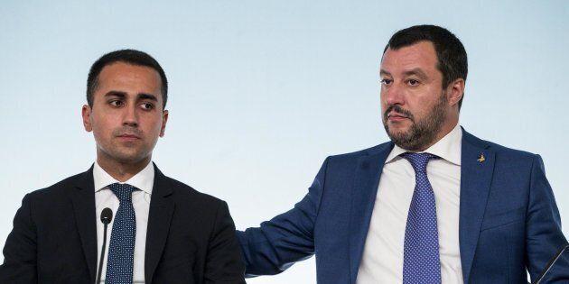 Reddito di cittadinanza e quota 100 partono da aprile: sì dei 5 Stelle, la Lega pronta ad