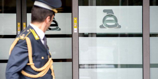 L'ingresso della direzione generale dell'Agenzia delle