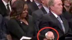 Michelle Obama rivela cosa le donò George W. Bush al funerale del senatore