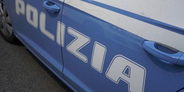 Donna violentata da tre giovani nell'ascensore nella stazione della Circumvesuviana di San Giorgio a