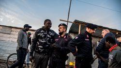 Migranti: al via sgombero baraccopoli di San