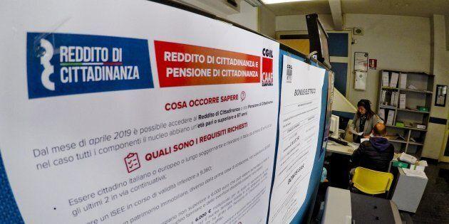 A Padova un uomo ha chiesto il reddito di cittadinanza per l'ex moglie: