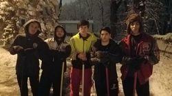Spalano la neve alle 4 di notte per permettere alla vicina di andare a fare la