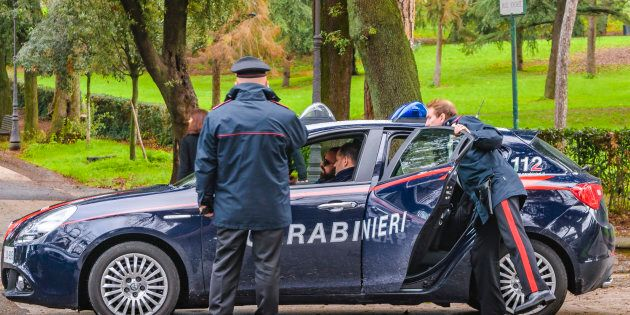 Rapina coppietta ma in realtà sono i carabinieri: arrestato ladro a