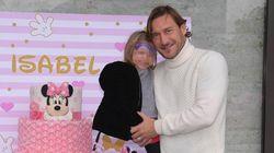 Francesco Totti festeggia i 3 anni della sua Isabel. Il post su Instagram è