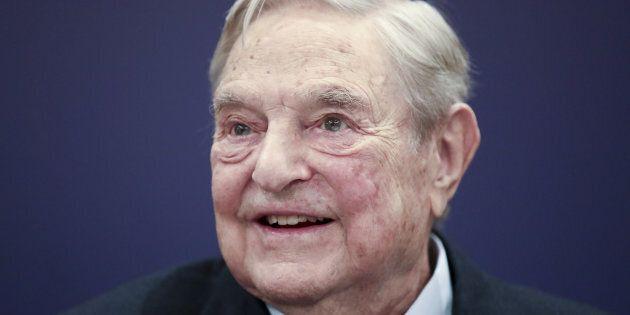 Un ordigno nella cassetta delle lettere trovata a casa di George Soros a New