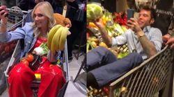Il party di Fedez nel supermercato fa arrabbiare tutti: