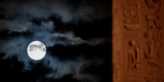 La Superluna torna a dar spettacolo e dà il benvenuto alla