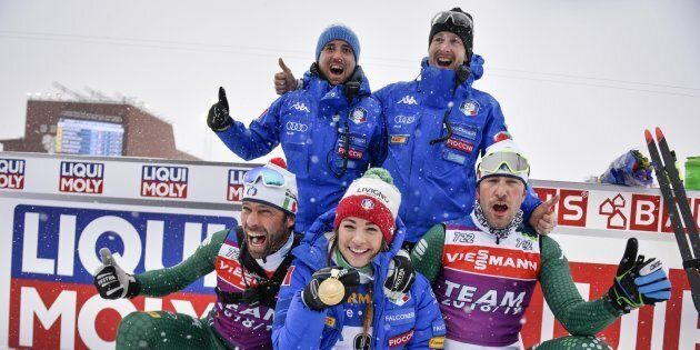 L'Italia del biathlon fa sognare: doppio oro nella mass start con Dorothea Wierer e Dominik