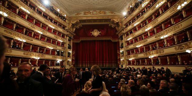 Vade retro Sauditi. Il cda della Scala restituisce i 3 milioni agli arabi. Ma Sala difende Pereira e...