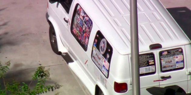 Pacchi bomba Usa, arrestato un uomo. Sul suo furgone varie foto di