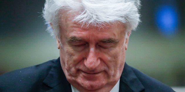 Ex presidente serbo Radovan Karadzic condannato in appello all'ergastolo per