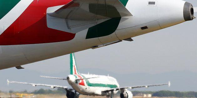 Chi lavora nel trasporto aereo potrebbe andare in pensione di vecchiaia con un anticipo di sette